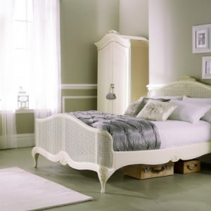 Willis & Gambier Ivory Bedroom