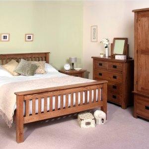 Devonshire Rustic Oak Bedroom: