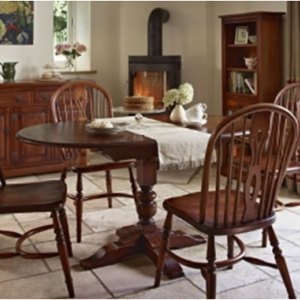 Wood Brothers Old Charm Dining