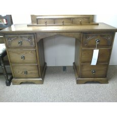 Andrena Traditional Light Oak Dressing Table