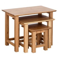Devonshire Living: New Oak: Small Nest Of Tables