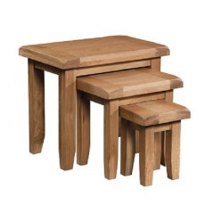Devonshire Living: Somerset Oak: Nest Of Tables
