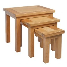 Devonshire Living: Dorset Oak: Nest Of Tables