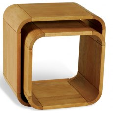 Bluebone Lounge Oak Set Of 2 Cubes / Side Tables