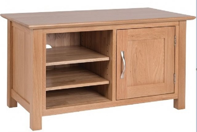 Devonshire Living Devonshire Living: New Oak: Standard TV Unit
